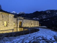 monte ricco fort -  outside, by night - photo giacomo de donà