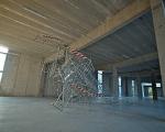c. nemanja cvijanovic, scenography for applause! 2011, transenne, fascette di plastica, installazione site specific, courtesy dell'artista, foto a. montresor