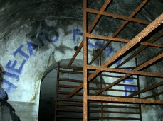 bunker via vittorio veneto belluno_bunker (foto arch. luca de moliner)