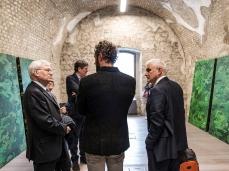 fuocoapaesaggio - Inaugurazione del Forte: Presidente e consiglieri di Fondazione Cariverona con il curatore di Dolomiti Contemporanee.  Foto: Nicola Noro