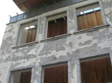 nuovo spazio di casso - cavedio in facciata _ foto simone osta