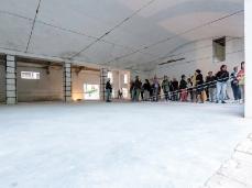 Ex Cartiera di Vas, Opening Paper weight, nell'hangar, lavoro residuale di Maja Thommen, dopo il tifone.   Foto: Giacomo De Donà