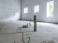 Ex Cartiera di Vas, Opening Paper weight, Parallelo di Silvia Vendramel con Phillippa Peckham.  Foto: Giacomo De Donà