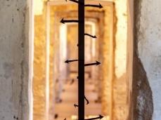 Andrea Bianconi, How to build a direction, ferro, legno, tessuto, 236 x 28,5 x 4 cm, 2018, opera inserita in Brain-tooling. Foto Giacomo De Donà