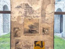 Aleksander Velišček, Ricomposizione di due ritratti tizianeschi di Carlo V, 2019, 17 olii su tela, dimensioni variabili